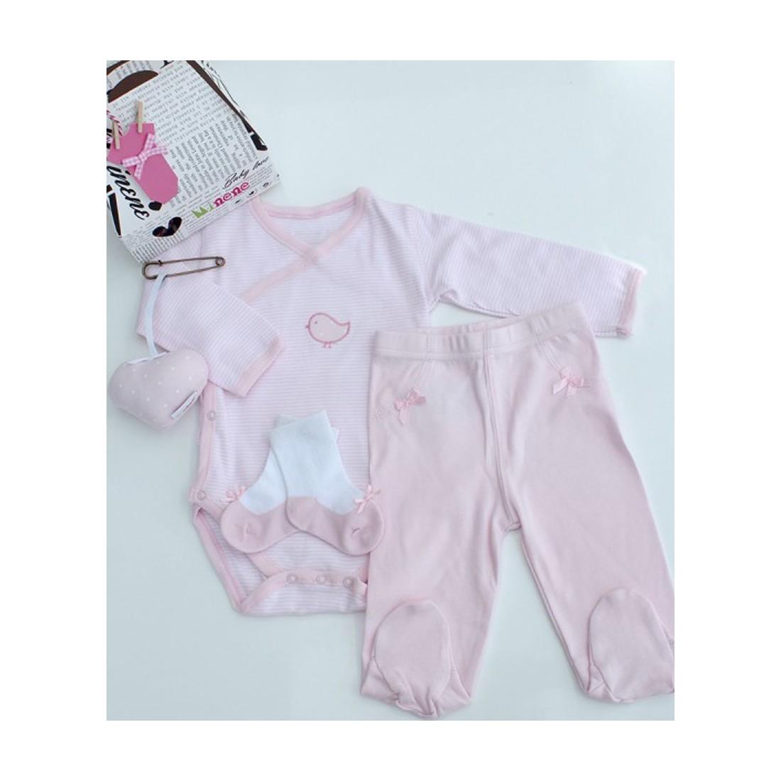 c00555e9dfa2b Coffret cadeau de naissance bébé fille