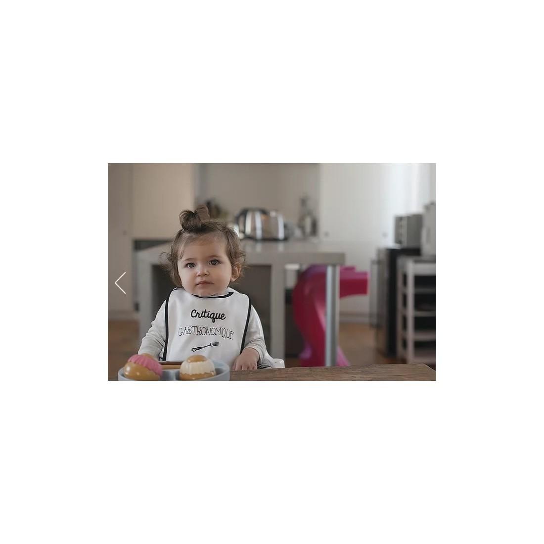 Bavoir bébé critique gastronomique